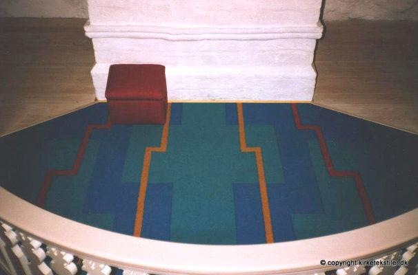 Altertæppe og stof til skammel, Grønning kirke