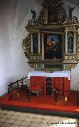 Altertæppe, antependium og knæfald, Krogstrup kirke